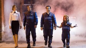 pixels-adam-sandler-peter-dinklage-michelle-monaghan-josh-gad-action-comedy-film-2015-movie-review