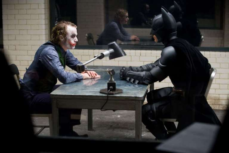 Joker-Batman-Behind-Scenes-the-dark-knight-10341805-1024-683