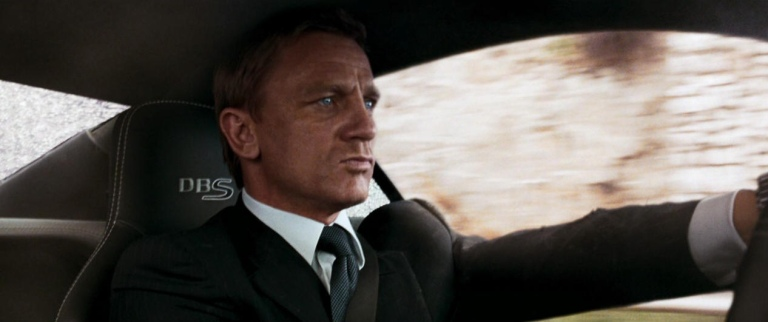 quantum-of-soalce-2008-movie-review-james-bond-007-daniel-craig-olga-kurylenko-2015-spectre